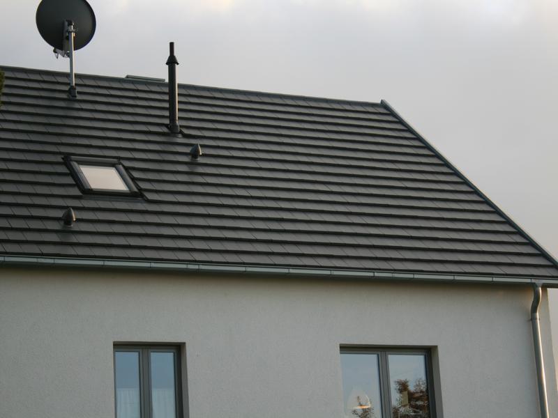 Steildach mit Tegalit Dachsteinen