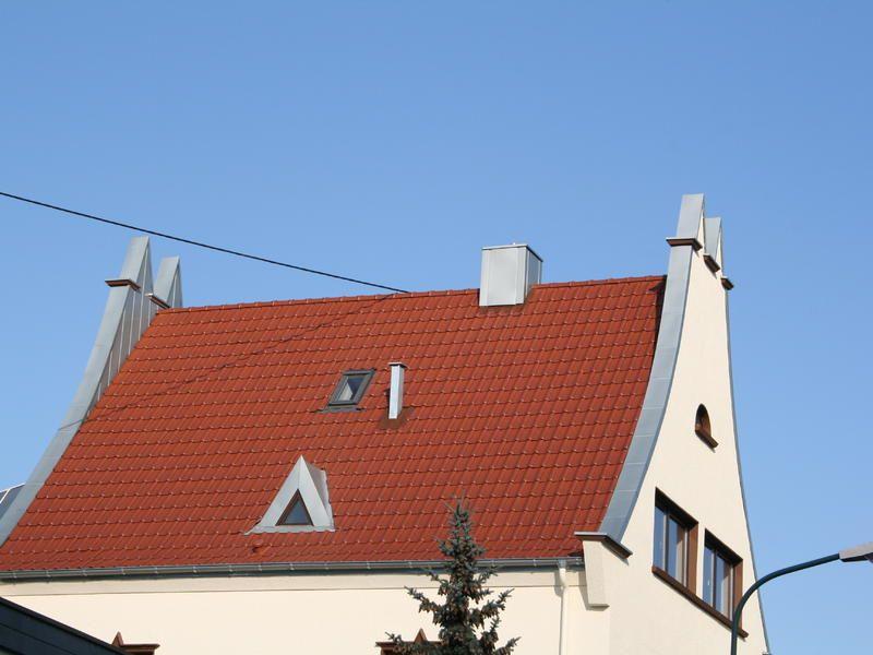 Steildach mit Flachdachpfanne